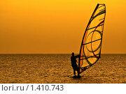 Виндсерфер на закате. Стоковое фото, фотограф Сергей Сухоруков / Фотобанк Лори