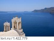 Купить «Православная церковь на острове Санторини (Греция)», фото № 1422779, снято 31 августа 2007 г. (c) Andrejs Pidjass / Фотобанк Лори