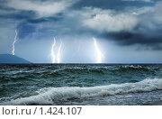 Купить «Шторм на море», фото № 1424107, снято 17 июня 2008 г. (c) Andrejs Pidjass / Фотобанк Лори