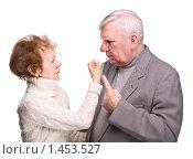 Купить «Ссорящаяся пожилая пара», фото № 1453527, снято 19 января 2008 г. (c) Сергей Лаврентьев / Фотобанк Лори