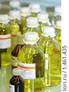 Купить «Бутылки с лекарством», фото № 1461435, снято 2 декабря 2009 г. (c) Марина Коробанова / Фотобанк Лори