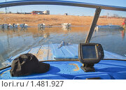 Купить «Вид из лодки. Фрагмент», эксклюзивное фото № 1481927, снято 6 апреля 2009 г. (c) Алёшина Оксана / Фотобанк Лори