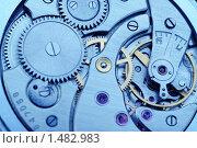 Купить «Механизм аналоговых часов - синие тона», фото № 1482983, снято 9 февраля 2010 г. (c) Сергей Галушко / Фотобанк Лори