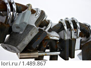Закрытые навесные замки. Стоковое фото, фотограф Владислав Цемкалов / Фотобанк Лори