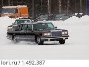Купить «Представительский ЗИЛ 41047», фото № 1492387, снято 20 февраля 2010 г. (c) Михаил Борсов / Фотобанк Лори