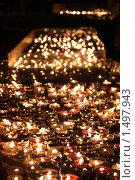 Тысяча свечей. Стоковое фото, фотограф Дмитрий Степной / Фотобанк Лори