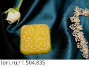Купить «Мыло ручной работы», фото № 1504835, снято 14 февраля 2010 г. (c) Журавлева Виктория / Фотобанк Лори