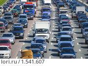 Движение на МКАД, пробка. Зной (2009 год). Редакционное фото, фотограф Алёшина Оксана / Фотобанк Лори