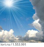 Купить «Облака и солнце», фото № 1553991, снято 31 июля 2009 г. (c) ElenArt / Фотобанк Лори
