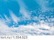 Купить «Облака. Небо  в летний день», фото № 1554023, снято 31 июля 2009 г. (c) ElenArt / Фотобанк Лори