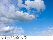 Купить «Облака. Небо  в летний день», фото № 1554075, снято 31 июля 2009 г. (c) ElenArt / Фотобанк Лори