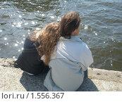Влюблённые на набережной Невы. Стоковое фото, фотограф Валерий Нестеров / Фотобанк Лори