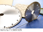 Алмазные диски для резки плитки. Стоковое фото, фотограф Куликов Константин / Фотобанк Лори