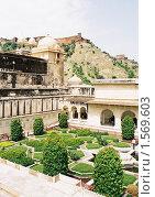 Купить «Крепость в Джайпуре», эксклюзивное фото № 1569603, снято 10 апреля 2020 г. (c) Free Wind / Фотобанк Лори