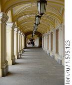 Большой Гостиный Двор. Санкт-Петербург. (2004 год). Стоковое фото, фотограф Ольга Маркова / Фотобанк Лори