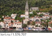 Вид на город Пераст с моря, Черногория (2006 год). Редакционное фото, фотограф Наталья Гребенюк / Фотобанк Лори