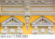 Купить «Фасад здания (фрагмент). Москва», фото № 1593583, снято 28 марта 2010 г. (c) Илюхина Наталья / Фотобанк Лори