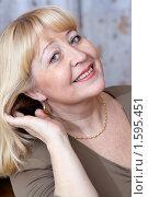 Купить «Красивая пожилая женщина», фото № 1595451, снято 27 февраля 2010 г. (c) Андрей Аркуша / Фотобанк Лори