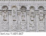 Белокаменная резьба Дмитриевского собора во Владимире (2009 год). Редакционное фото, фотограф stargal / Фотобанк Лори