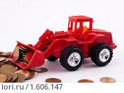 Трактор сгребает монеты. Стоковое фото, фотограф Александр Евсюков / Фотобанк Лори