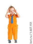 Мальчик на белом фоне. Стоковое фото, фотограф Игорь Губарев / Фотобанк Лори