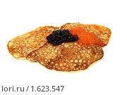Купить «Русские блинчики с красной и черной икрой», фото № 1623547, снято 7 августа 2009 г. (c) ElenArt / Фотобанк Лори