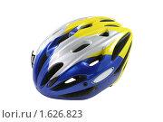 Купить «Велосипедный шлем на белом фоне», фото № 1626823, снято 12 апреля 2010 г. (c) Наталья Волкова / Фотобанк Лори
