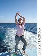 Купить «Девушка на корабле», фото № 1628607, снято 30 декабря 2009 г. (c) Яков Филимонов / Фотобанк Лори