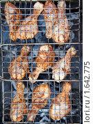 Купить «Куриные ножки гриль», фото № 1642775, снято 14 июня 2009 г. (c) Losevsky Pavel / Фотобанк Лори