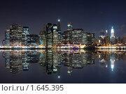 Купить «Ночной Нью-Йорк», фото № 1645395, снято 8 августа 2008 г. (c) Евгений Дубинчук / Фотобанк Лори
