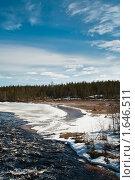 Купить «Весна на реке в Карелии», фото № 1646511, снято 15 апреля 2010 г. (c) Кекяляйнен Андрей / Фотобанк Лори