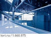 Купить «Пустой коридор», фото № 1660975, снято 15 апреля 2010 г. (c) Бабенко Денис Юрьевич / Фотобанк Лори