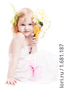 Девочка с букетом нарциссов. Стоковое фото, фотограф Майя Крученкова / Фотобанк Лори