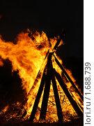 Купить «Огонь горит», фото № 1688739, снято 8 мая 2010 г. (c) шумилов сергей / Фотобанк Лори
