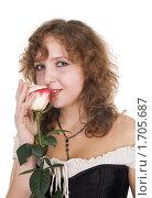 Купить «Портрет красивой девушки с розой», фото № 1705687, снято 21 марта 2010 г. (c) Влад Нордвинг / Фотобанк Лори