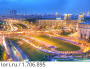 Купить «Площадь Гагарина вечером 9 мая», фото № 1706895, снято 9 мая 2010 г. (c) Kremchik / Фотобанк Лори