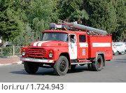 Купить «Пожарный автомобиль», фото № 1724943, снято 24 июля 2009 г. (c) Art Konovalov / Фотобанк Лори