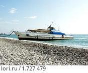 Купить «Прогулочный теплоход на Черном море», фото № 1727479, снято 11 сентября 2005 г. (c) Евгений Ткачёв / Фотобанк Лори