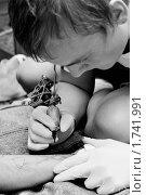 Купить «Тату-мастер», фото № 1741991, снято 22 мая 2010 г. (c) Елизавета Светилова / Фотобанк Лори
