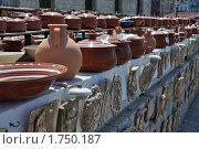 Ряды с керамической посудой. Крит. Стоковое фото, фотограф Александр  Новоселов / Фотобанк Лори