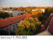 Купить «Черепичные красные крыши», эксклюзивное фото № 1753383, снято 11 октября 2008 г. (c) Svet / Фотобанк Лори
