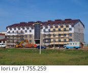 Купить «Строительство», фото № 1755259, снято 2 июня 2010 г. (c) Золотовская Любовь / Фотобанк Лори