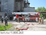 Купить «Развёртывание пожарной техники», эксклюзивное фото № 1800263, снято 10 июня 2010 г. (c) Free Wind / Фотобанк Лори