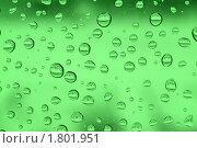 Капли дождя на зеленом стекле - фон. Стоковое фото, фотограф Михаил Коханчиков / Фотобанк Лори