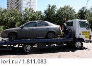 Эвакуация неисправного автомобиля (2010 год). Редакционное фото, фотограф Lana / Фотобанк Лори