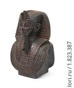 Купить «Каменная статуэтка фараона Тутанхамона», фото № 1823387, снято 17 марта 2010 г. (c) Яков Филимонов / Фотобанк Лори
