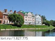Купить «Набережная реки Псковы», фото № 1827775, снято 4 июля 2010 г. (c) Виктор Карасев / Фотобанк Лори