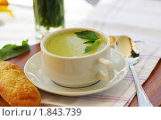 Суп пюре из брокколи. Стоковое фото, фотограф Фадеев Антон / Фотобанк Лори