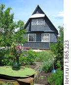 Купить «Дачный домик», эксклюзивное фото № 1865223, снято 10 июня 2010 г. (c) lana1501 / Фотобанк Лори