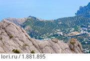 Купить «Пейзаж со скалой и побережьем», фото № 1881895, снято 17 июня 2009 г. (c) Юрий Брыкайло / Фотобанк Лори